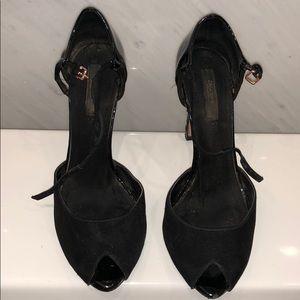 Zara black sandals. Worn a lot. Size 39